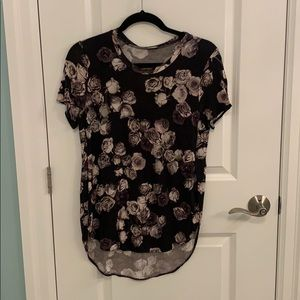 Wilfred Aritzia Floral Tshirt